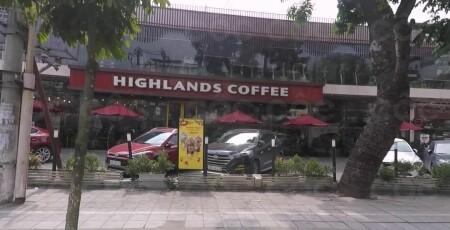 Highlands Coffee - Lô 2, Nguyễn Khánh Toàn, P  Quan Hoa, Q
